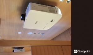 4K動画コンテンツ プロジェクター