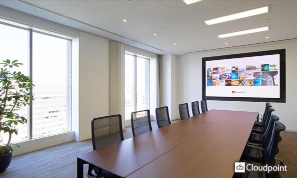 大会議室に合わせた大画面LEDビジョン導入による、会議進行の円滑化
