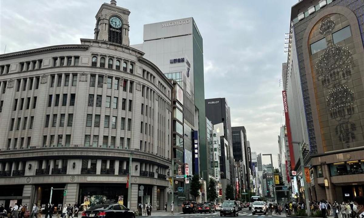 街のデジタルサイネージ(銀座編)2021